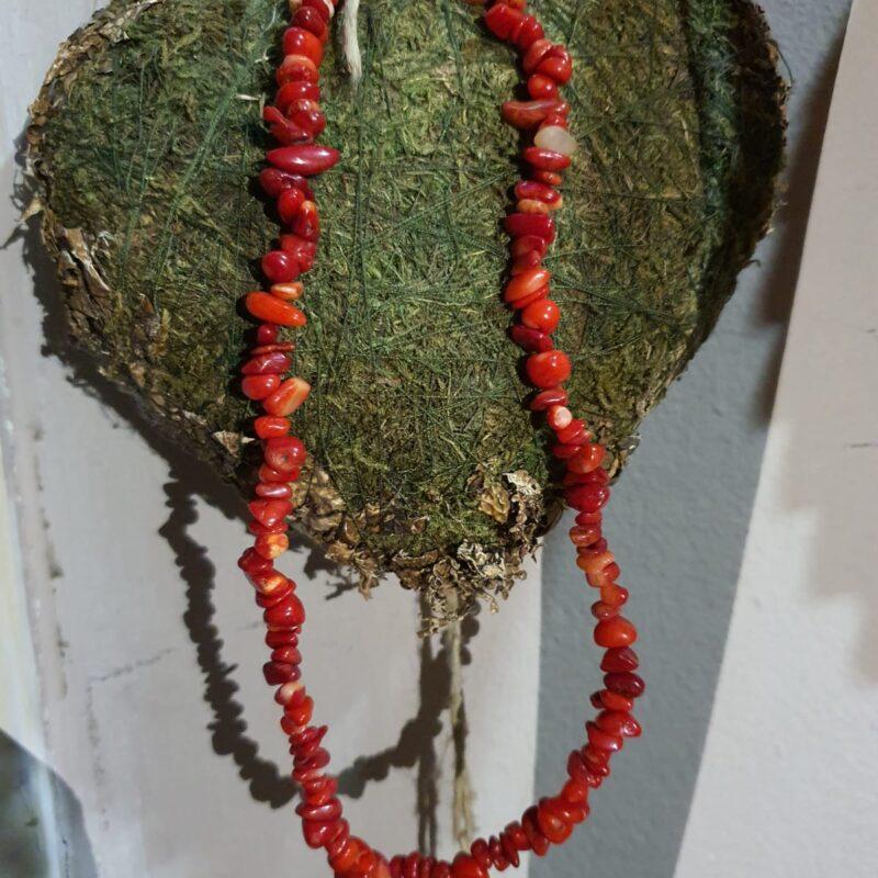 crveni koralj ogrlica